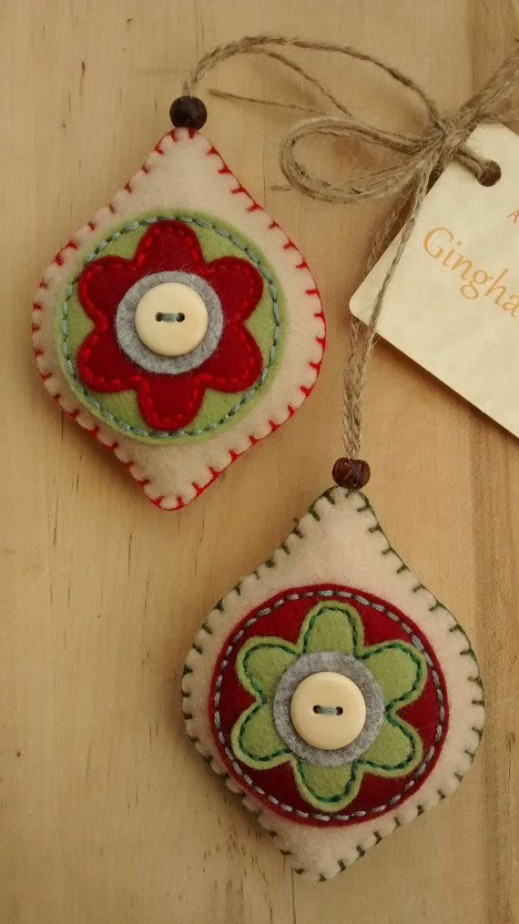 Set of 2 felt Christmas/Festive hanging by GinghamFlower on Etsy