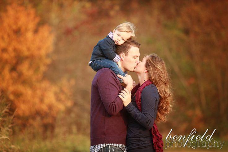 Benfield Photography Blog: Michelle's Pumpkin Patch Family Portraits