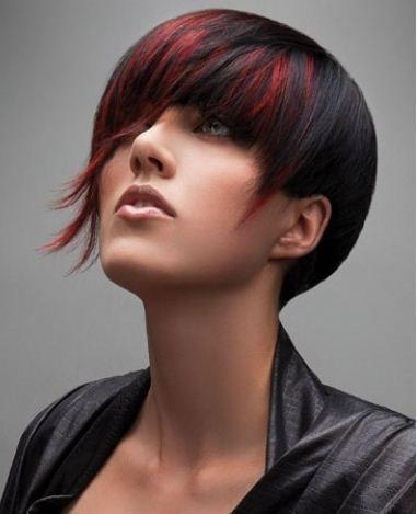 Tendenze 2013 ... capelli corti! E voi siete pronte a cambiare il vostro look? venite a scoprirlo http://phooon.wix.com/esperto-phooon#!gallery/ctzx