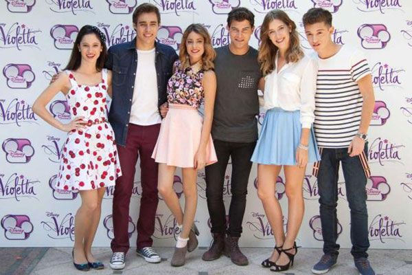 Fran,Léon,Vilu,Diego,Angie,Fede @TiniStoesel