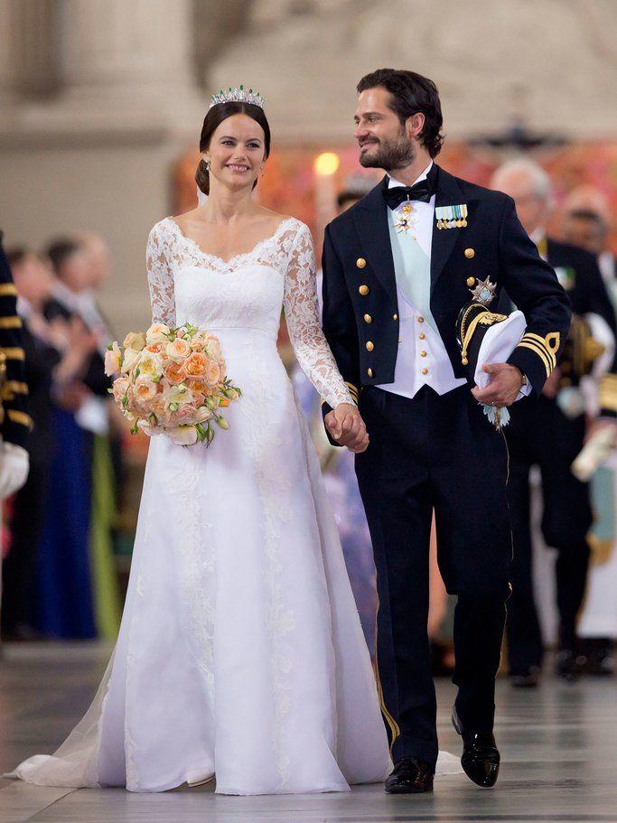 Die Schonsten Brautkleider Aller Zeiten Braut Konigliche Hochzeitskleider Brautkleid
