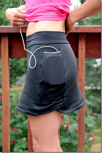 Jalie 2796 Running Skirt - great review by twoontwooff.blogspot