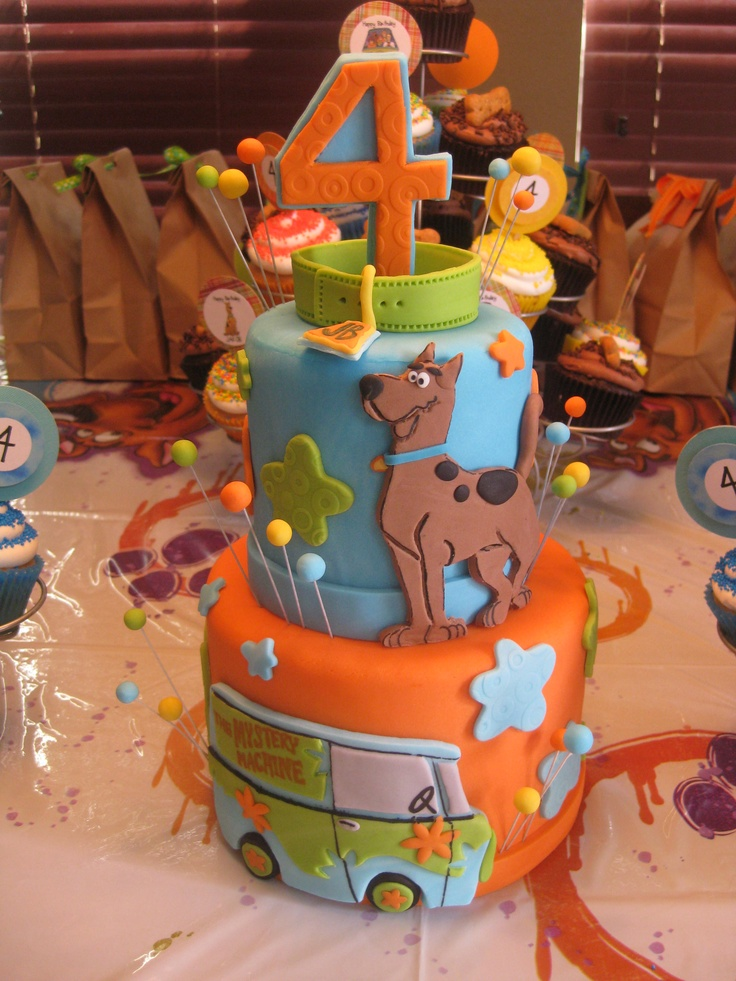 "Scooby Doo Cake Dummy - 4""/6"" dummy tiers made as a centerpiece for a Scooby Doo birthday party."