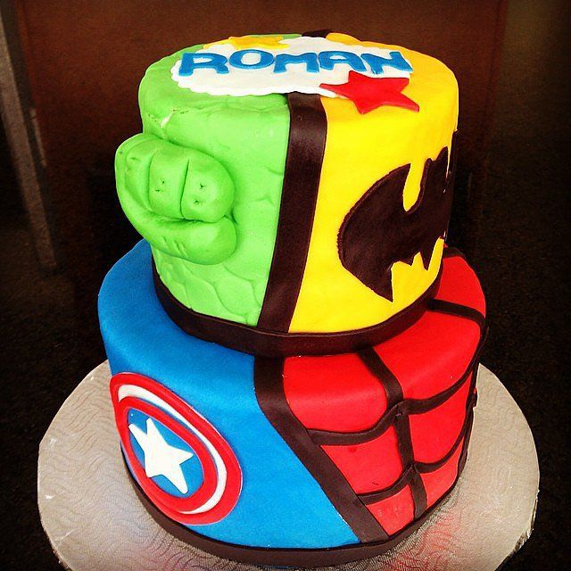 Colorful Heroes: The best thing about a superhero? His wardrobe! Source: Instagram user dsignercakes