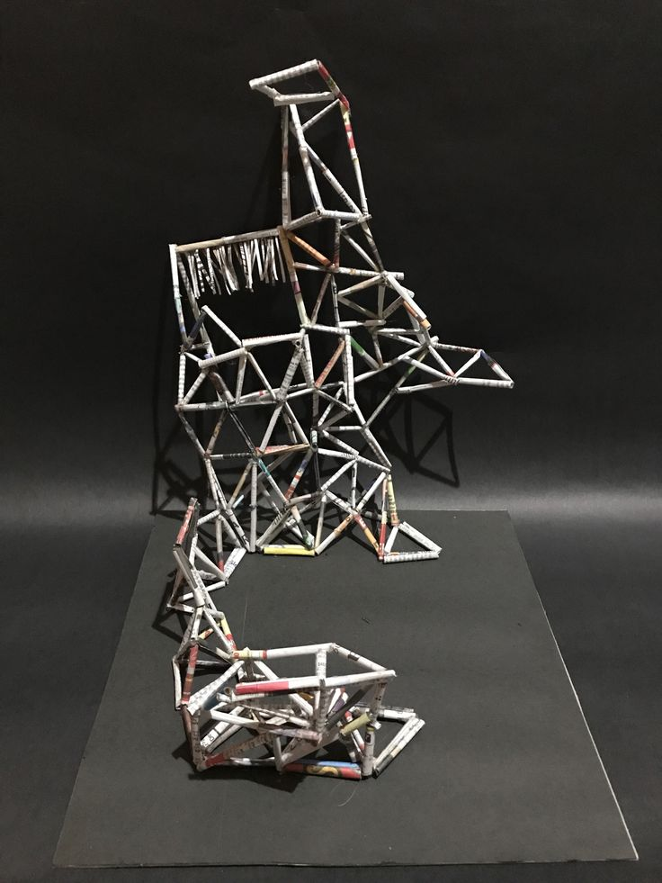 "Final model 1:5 ""The Dancing Triangles"""