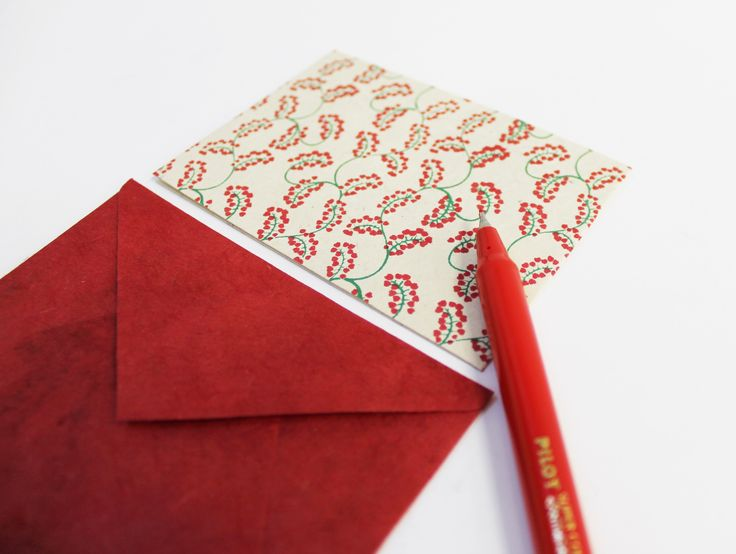 Red and flowers - Pepa Paper
