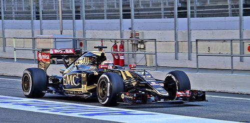 Pastor Maldonado / Lotus E23 Mercedes PU106A Hybrid