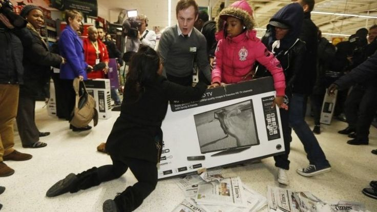 Black Friday: Police called as sales turn ugly (UK )