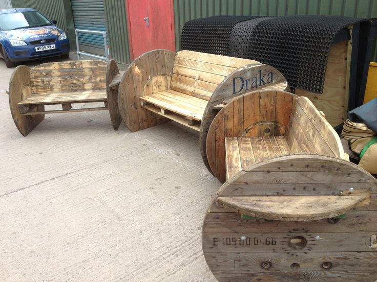 Pallet and cable drum benches.  Very cute idea for kids!!!