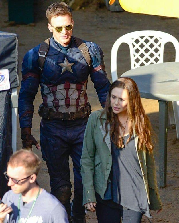 Elizabeth Olsen And Chris Evans On The Set Of Civil War I Love These Dorks Elizabetholsen Lizzieolsen O Chris Evans Captain American Elizabeth Olsen