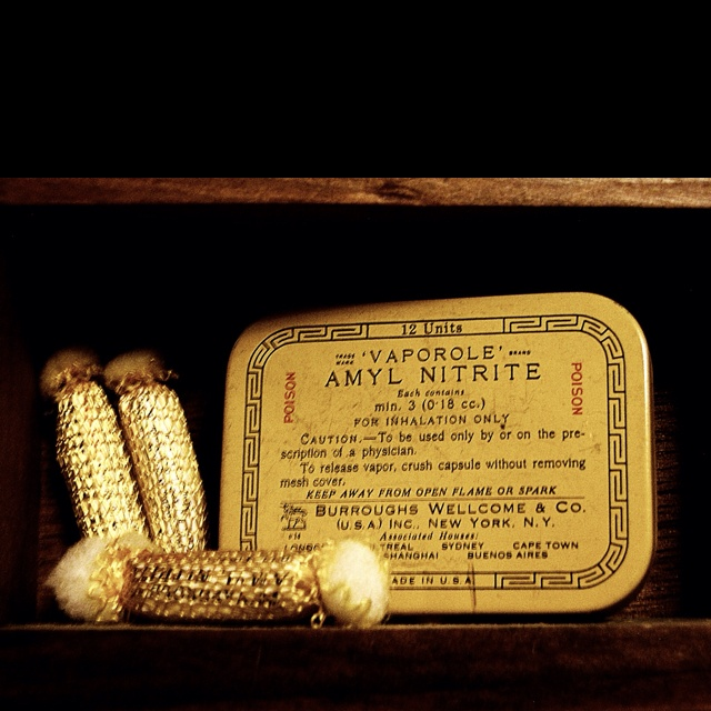 Amyl Nitrate heart meds, miniature tin with ampules.