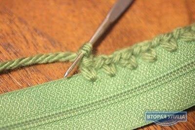Вот так можно «пришивать молнию» к вязаной вещи