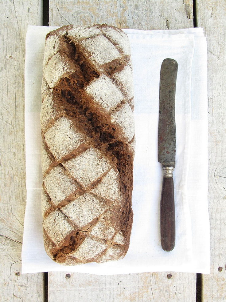 Dark Bread with Caraway