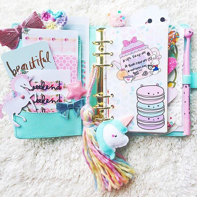 All these pastels are so cute together with her kawaii unicorn!! Thanks for sharing this @teresa_brooke ! Pic from: @teresa_brooke #planner #planneraddict #unicorn