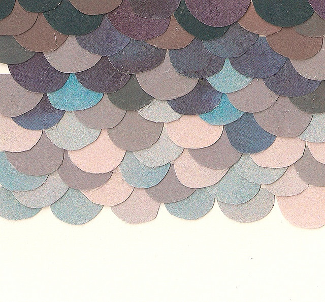 scallop a wall with the circles from paper source or the tissuesGirls Room, Colors Schemes, Wedding Colors, Scrapbook Paper, Cut Paper, Phones Wallpapers, Fish Scales, Frames Art, Bright Colors