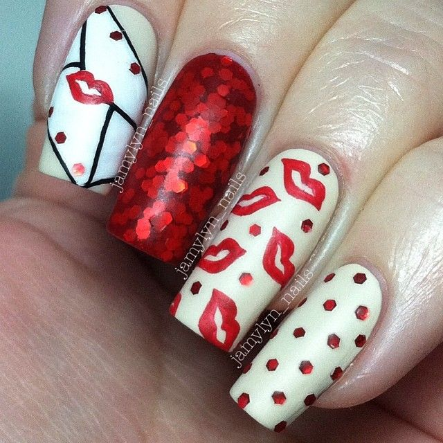 Valentineu0027s Day Nail Art Design   Sealed With A Kiss Design