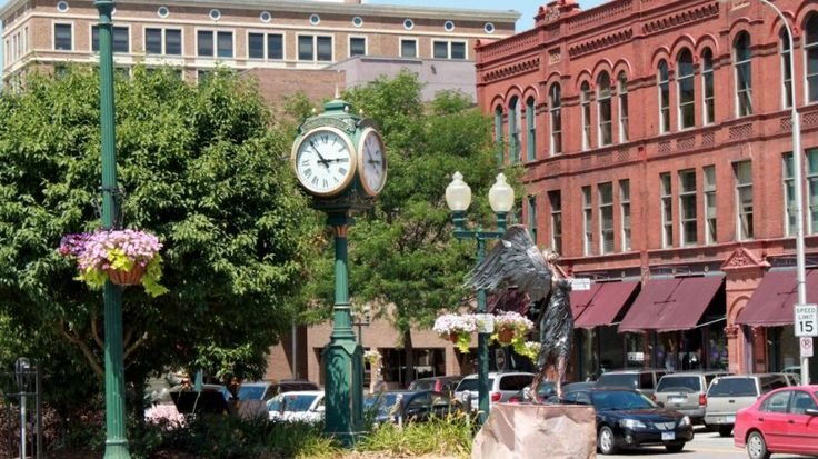 Phillips Avenue in Downtown Sioux Falls, South Dakota.