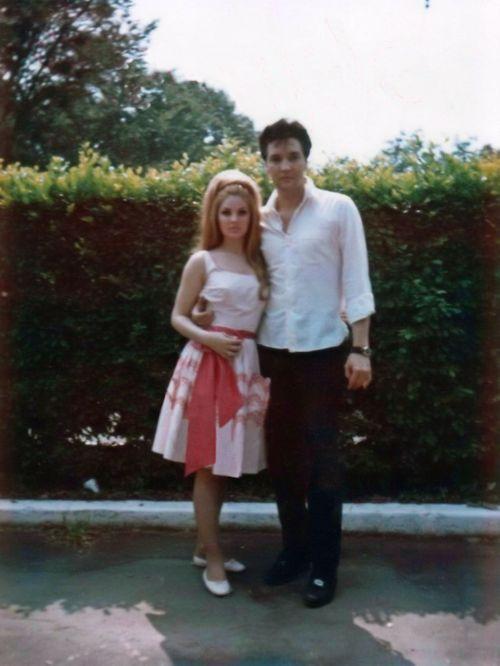 Priscilla & Elvis Presley- I LOVE LOVE LOVE this photo. Cilla before she died it black