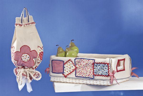 Manualidades con tela para decorar tu cocina cinta y - Como doblar servilletas de tela ...
