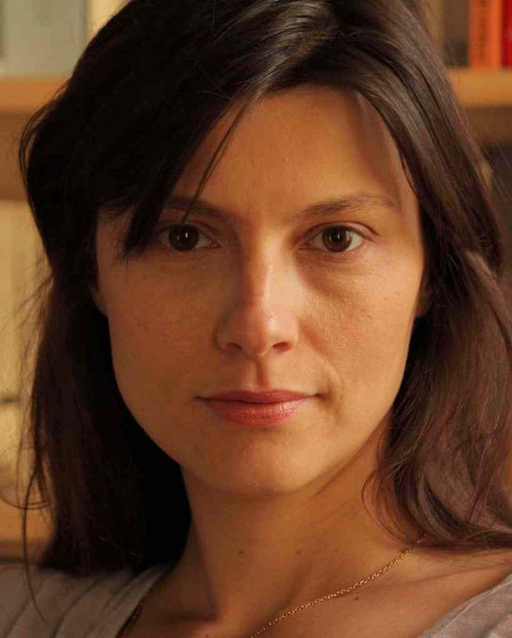 Cécile Ducrocq (Hong Kong International Film Festival Jury Prize for Tout le Monde Dit Je T'Aime, La Contre-Allée) #Hollywomen #Directors #Shorts #France
