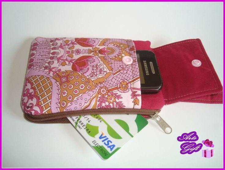Carteira com bolsa para telemóvel