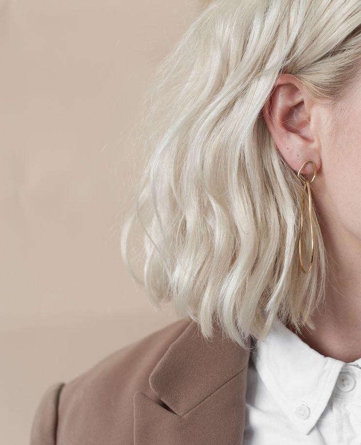 Des boucles d'oreilles   – Короткие волосы – #bouclés #d39ore…