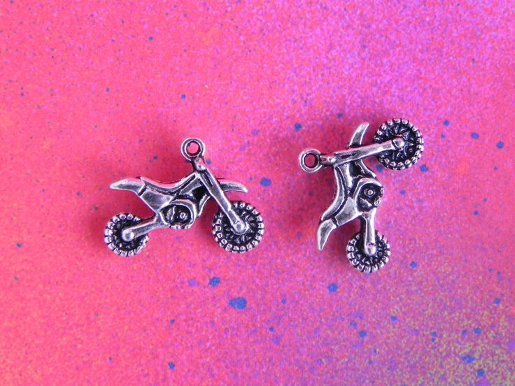 10 Dirt Bike Dirtbike Motorcycle Sport Bike Silver Charm Pendants For Jewelry Making