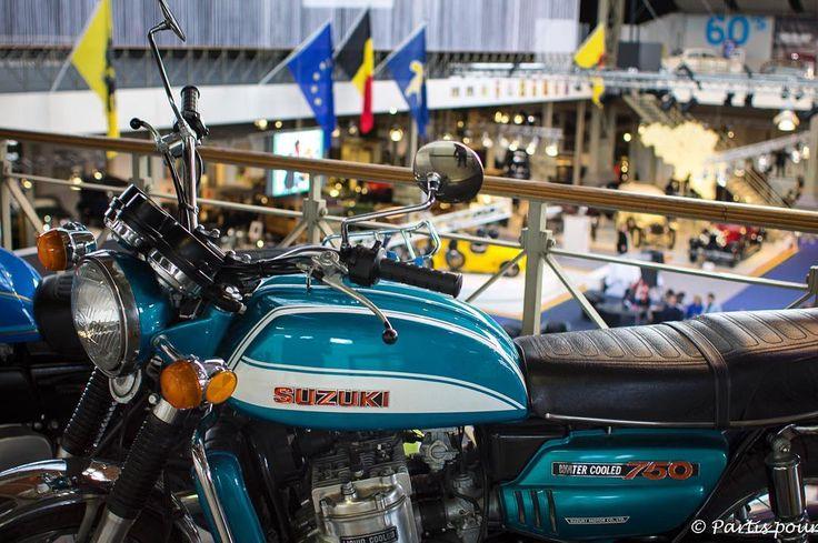 [Sur le blog] Un week-end à Bruxelles en famille... Et visiter l'Auto World... Et puis s'imaginer parcourir le monde sur cette moto les cheveux au vent les bras autour de mon amoureux... #autoworld #bruxelles #brussels #belgium #belgique #igersbelgium #voyageenfamille #familytravel #instatravel #travelgram #latergram #museum #moto #vintage #defi365 #canon #canonphoto #picoftheday #photodujour