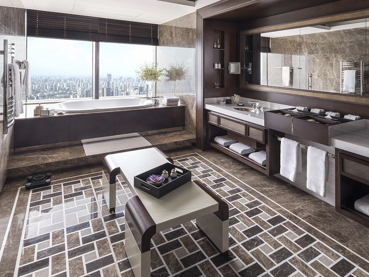 Visit the photos and videos page of Jing An Shangri-La, West Shanghai to get a view of our rooms, suites, restaurants, event venues and lobby.
