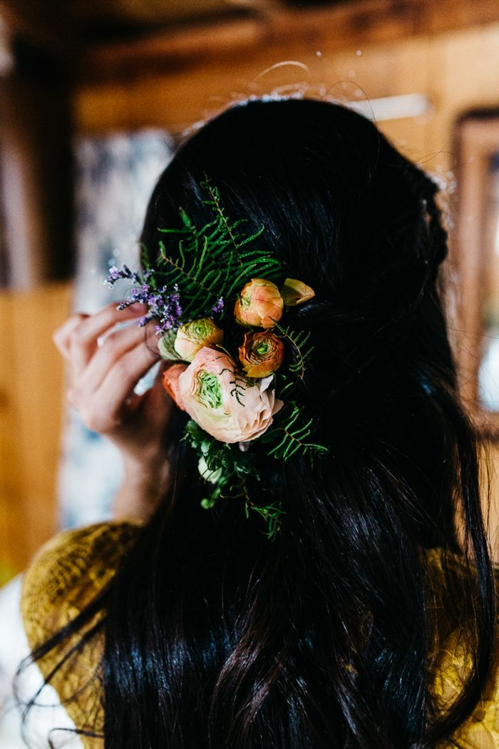 Flower adorned bridal headpiece  | Image by Erin Wheat Photography