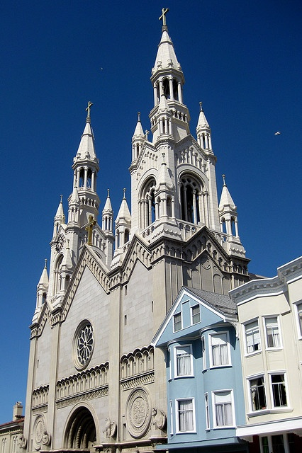 Saint's Peter And Paul Church San Francisco ( It was in front of this church that Joe DiMaggio and Marilyn Monroe were photographed after their nuptials (they married elsewhere).