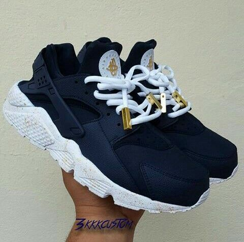 "Nike (Huarache) ""Navy Blue/White/Gold"""