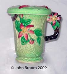 APPLE BLOSSOM chocolate mug  cover - green ground