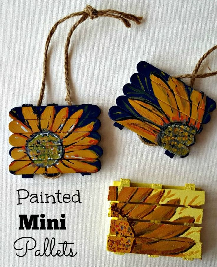 Click over to read how to make your own version of mini pallets for ornaments and signs.