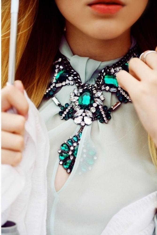 #green and black bijoux...