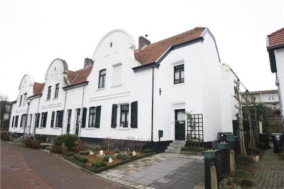 Mijnwerkershuisje, knus, monumentaal, sociale wijk, 19eeuws #vogeltjeswijk #eygelshoven.