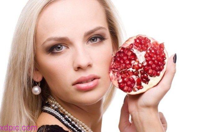 فوائد قشر الرمان للمعدة والقولون 2018 قشر الرمان لجرثومة المعدة قشر الرمان للمعدة جابر القحطاني فوائد قشر الرمان للبطن ف Pomegranate Peel Pomegranate Raspberry