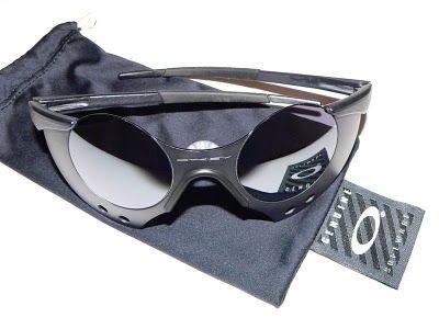 oakley sub zero sunglasses for sale  oakley subzero 0.3 , my favorite pair.