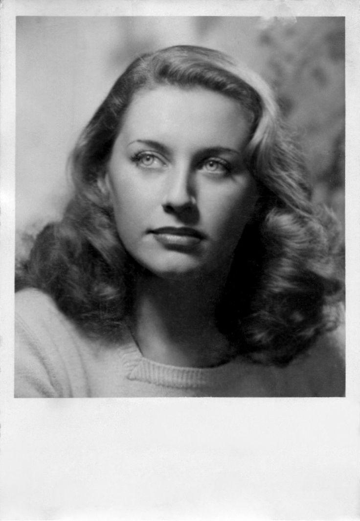 Tina De Mola, 1949.