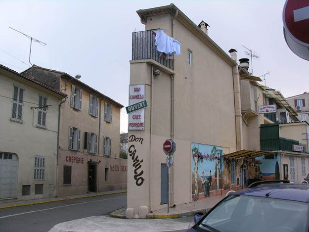 flat house in nice