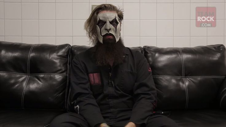 VIDEO: Jim Root on the next Slipknot album and future projects - Metal Hammer