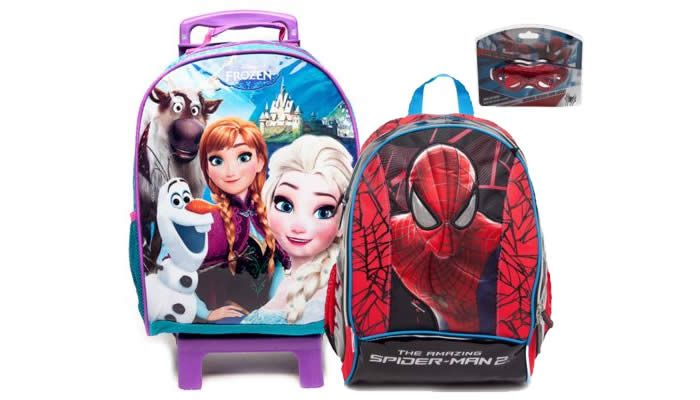 Na Dafiti você também encontra mochilas e lancheiras, e os modelos são variados, como: Frozen, Dora, Princesas, Homem Aranha, Batman, Monster High e muito