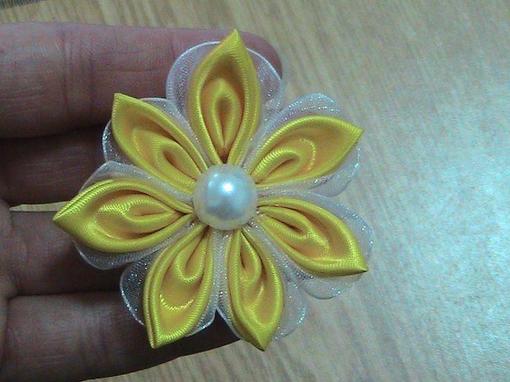 Kurdeleden Çiçek Modeli Yapımı