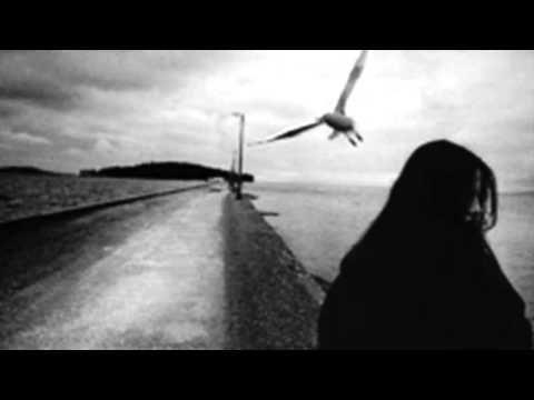 İLKAY ARMEN BENİ KÖR KUYULARDA MERDİVENSİZ BIRAKTIN - YouTube