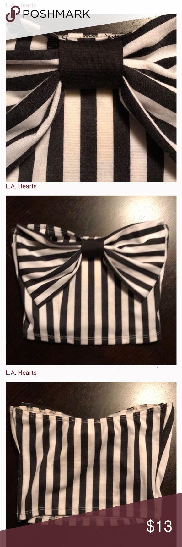 L.A. Hearts striped bow crop top! Adorbs! 0 flaws. Thx! L.A. Hearts Tops Crop Tops