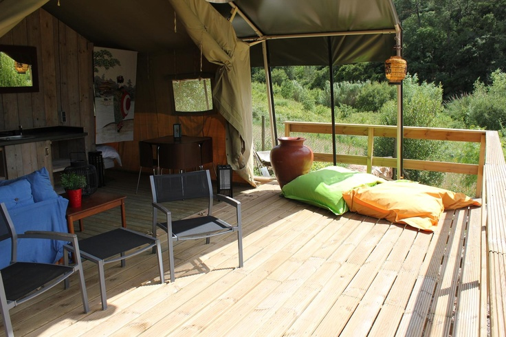 Casa de Cha - livingroom inside - outside