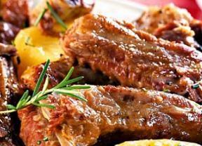 Con toque de vino blanco, costillas de cerdo en una olla a presión es supersaborosa! - Gastronomía - Bonde. Su portal