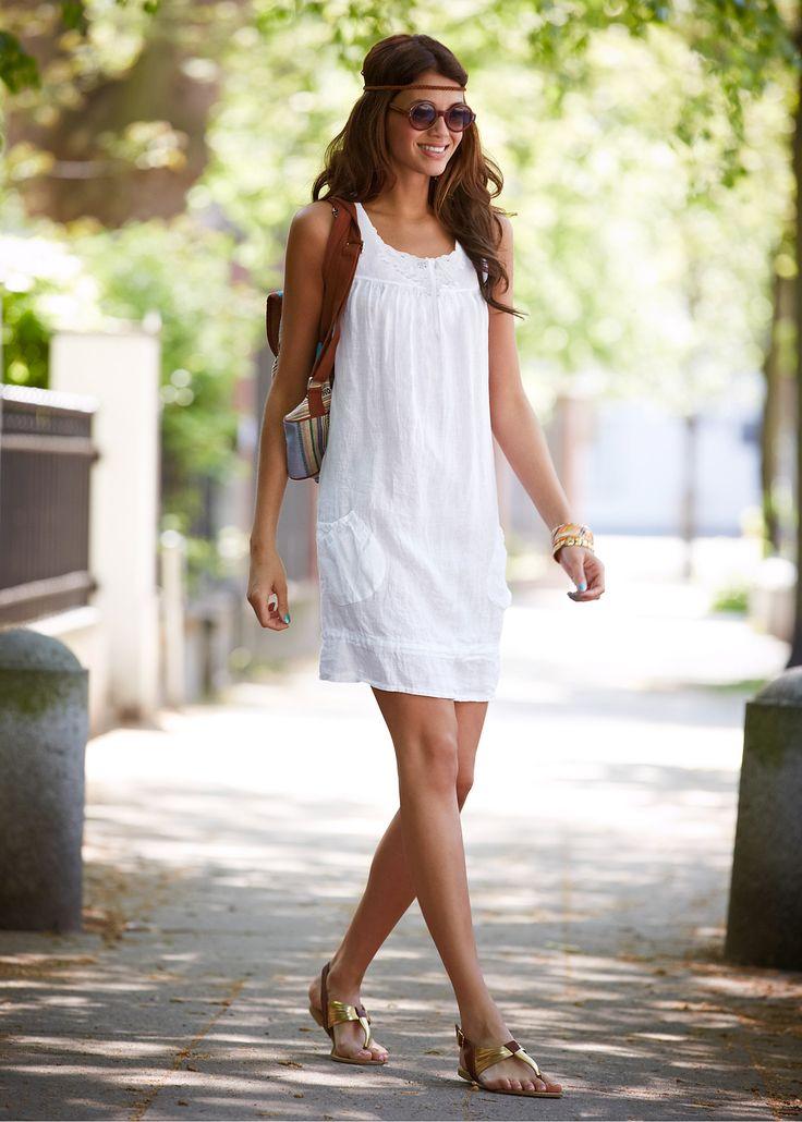 Vestido preto encomendar agora na loja on-line bonprix.de  R$ 149,00 a partir de Vestido de verão leve, com linho na composição! Detalhes divertidos de ...
