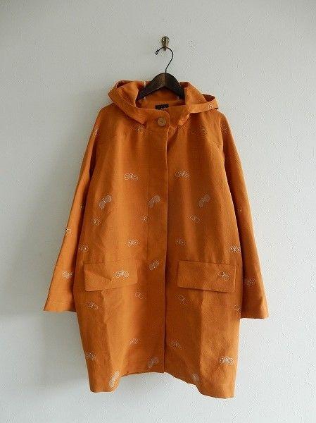 美品/ミナペルホネン mina perhonen choucho フード付き刺繍コート