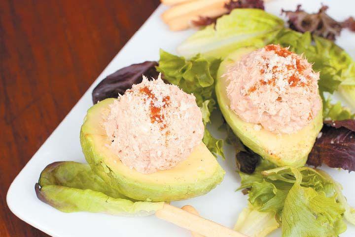Fácil receta de ensalada de atún. #Healthy #Food #Ensalada #Aguacate